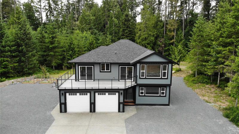 FEATURED LISTING: 4574 Westwood Rd Duncan