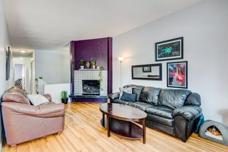 Photo 3: 2015 40 Street SE in Calgary: Forest Lawn Semi Detached for sale : MLS®# A1068609