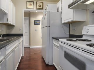 Photo 9: 306 1412 W 14TH AVENUE in Vancouver: Fairview VW Condo for sale (Vancouver West)  : MLS®# R2133238