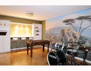 Photo 8: 20842 MCFARLANE Avenue in Maple_Ridge: Southwest Maple Ridge House for sale (Maple Ridge)  : MLS®# V691817
