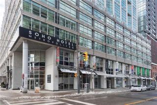 Photo 2: 36 Blue Jays Way Unit #924 in Toronto: Waterfront Communities C1 Condo for sale (Toronto C01)  : MLS®# C3706205