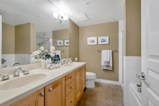 """Photo 7: 333 5790 EAST BOULEVARD in Vancouver: Kerrisdale Townhouse for sale in """"THE LAUREATES"""" (Vancouver West)  : MLS®# R2377203"""