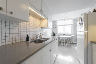 Photo 7: 1701 9909 104 Street in Edmonton: Zone 12 Condo for sale : MLS®# E4235190