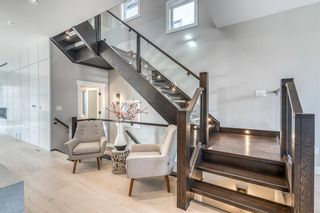 Photo 7: 615 19 Avenue NW in Calgary: Mount Pleasant Detached for sale : MLS®# A1108206