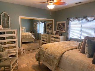 Photo 13: VISTA House for sale : 3 bedrooms : 883 Evergreen Lane