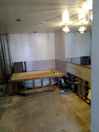 Photo 19: Condo for sale : 2 bedrooms : 230 W Laurel in San Diego