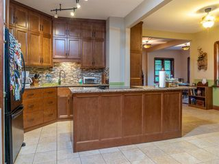 Photo 17: 722 River Road in Lockport: R13 Residential for sale : MLS®# 202117520