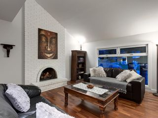Photo 5: 7020 78 Street NW in Calgary: Silver Springs Detached for sale : MLS®# C4244091