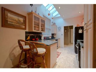 """Photo 4: 1743 RUFUS Drive in North Vancouver: Westlynn Townhouse for sale in """"Concorde Place"""" : MLS®# V1045304"""