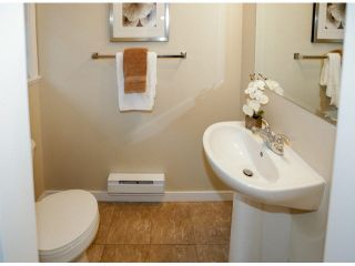 """Photo 17: 28 6852 193RD Street in Surrey: Clayton Townhouse for sale in """"INDIGO"""" (Cloverdale)  : MLS®# F1426154"""