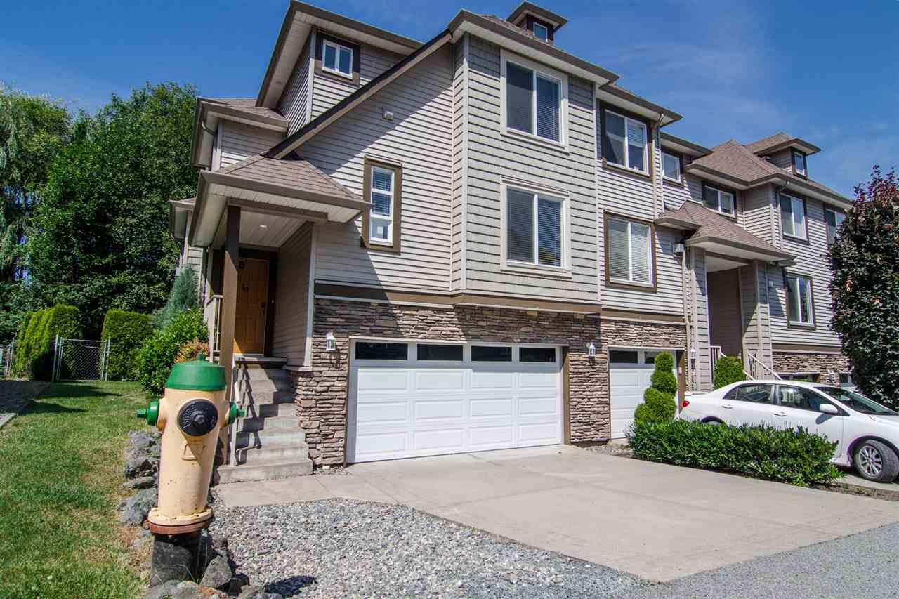"Main Photo: 10 46778 HUDSON Road in Chilliwack: Promontory Townhouse for sale in ""Cobble Stone Terrace"" (Sardis)  : MLS®# R2478453"