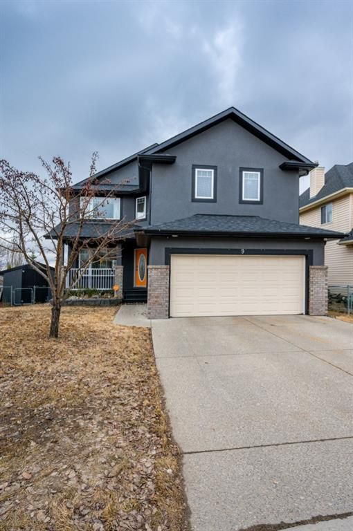 FEATURED LISTING: 9 Crystalridge Link Okotoks