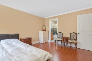 Photo 11: 1072 AUGUSTA Avenue in Burnaby: Simon Fraser Univer. 1/2 Duplex for sale (Burnaby North)  : MLS®# R2613430