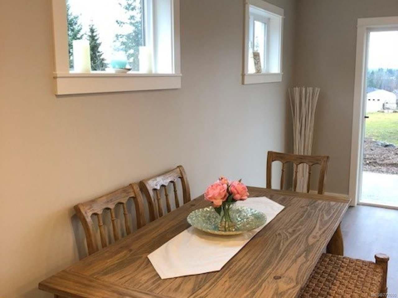 Photo 12: Photos: 2 535 Petersen Rd in CAMPBELL RIVER: CR Campbell River West Half Duplex for sale (Campbell River)  : MLS®# 777650