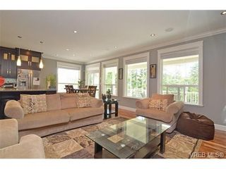 Photo 4: 3747 Ridge Pond Dr in VICTORIA: La Happy Valley House for sale (Langford)  : MLS®# 710243