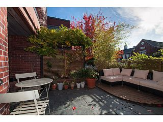 """Photo 2: 3 503 E PENDER Street in Vancouver: Mount Pleasant VE Townhouse for sale in """"Jackson Gardens"""" (Vancouver East)  : MLS®# V1035790"""
