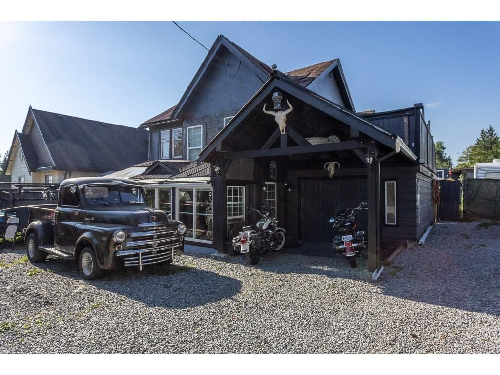 Main Photo: 24429 DEWDNEY TRUNK Road in Maple Ridge: East Central House for sale : MLS®# R2600614