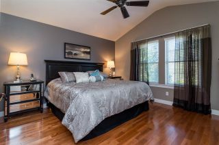 """Photo 10: 22890 BILLY BROWN Road in Langley: Fort Langley House for sale in """"Bedford Landing"""" : MLS®# R2107991"""
