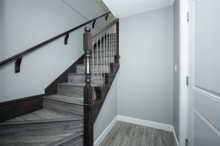 Photo 4: 1938 CATALINA Crescent in Abbotsford: Abbotsford West House for sale : MLS®# R2583963
