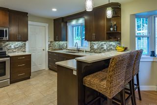 Photo 4: 1574 Mulberry Lane in : CV Comox (Town of) House for sale (Comox Valley)  : MLS®# 866992