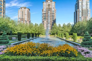 Photo 1: 2802 6838 STATION HILL Drive in Burnaby: South Slope Condo for sale (Burnaby South)  : MLS®# R2616124