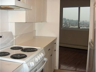 Photo 6: 801 1930 MARINE Drive in West Vancouver: Ambleside Home for sale ()  : MLS®# V978808