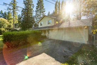 Photo 3: 47 CLOVERMEADOW Crescent in Langley: Salmon River House for sale : MLS®# R2503641