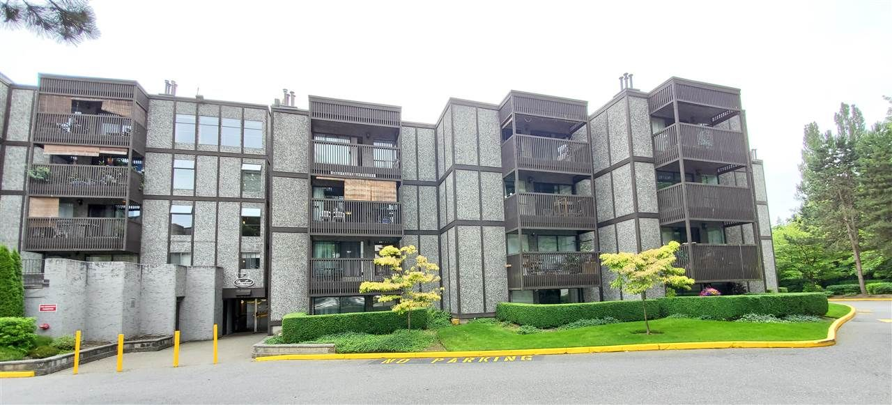 """Main Photo: 112 9672 134 Street in Surrey: Whalley Condo for sale in """"PARKWOODS"""" (North Surrey)  : MLS®# R2475001"""