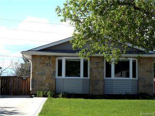 Photo 2: 114 Dubois Place in Winnipeg: Fort Garry / Whyte Ridge / St Norbert Residential for sale (South Winnipeg)  : MLS®# 1613722