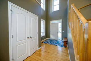 Photo 8: 323 Discovery Place SW in Calgary: Discovery Ridge Detached for sale : MLS®# A1141184