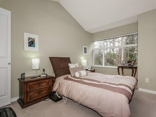 """Photo 9: 135 15168 36 Avenue in Surrey: Morgan Creek Townhouse for sale in """"SOLAY"""" (South Surrey White Rock)  : MLS®# F1406859"""