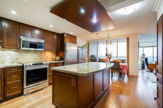 """Photo 8: 1606 1065 QUAYSIDE Drive in New Westminster: Quay Condo for sale in """"Quayside Tower II"""" : MLS®# R2539585"""