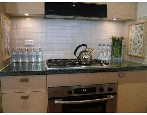 """Photo 2: Photos: 1530 W 8TH Ave in Vancouver: Fairview VW Condo for sale in """"PINTURA"""" (Vancouver West)  : MLS®# V636610"""