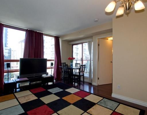 """Photo 2: Photos: 1704 811 HELMCKEN Street in Vancouver: Downtown VW Condo for sale in """"IMPERIAL TOWER"""" (Vancouver West)  : MLS®# V783490"""
