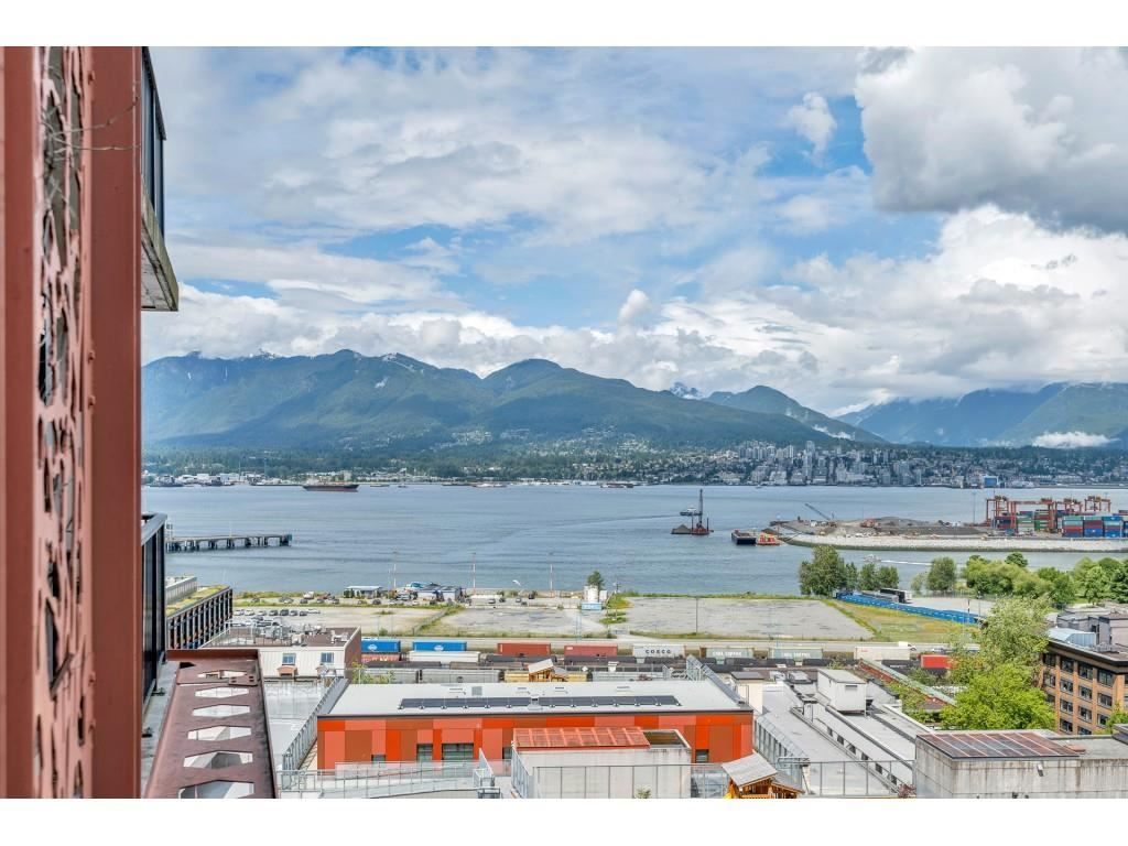 """Photo 23: Photos: 1704 128 W CORDOVA Street in Vancouver: Downtown VW Condo for sale in """"WOODWARDS"""" (Vancouver West)  : MLS®# R2592545"""