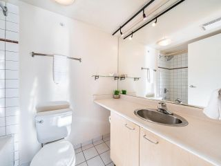 """Photo 14: 503 1 E CORDOVA Street in Vancouver: Downtown VE Condo for sale in """"CARRALL STATION"""" (Vancouver East)  : MLS®# R2583690"""