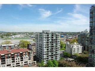 "Photo 2: 1604 120 MILROSS Avenue in Vancouver: Mount Pleasant VE Condo for sale in ""THE BRIGHTON"" (Vancouver East)  : MLS®# V1062353"