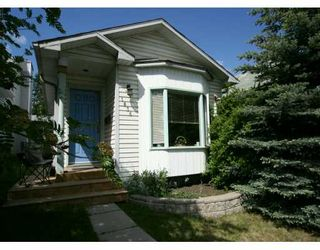 Photo 1:  in CALGARY: South Calgary Residential Detached Single Family for sale (Calgary)  : MLS®# C3214989
