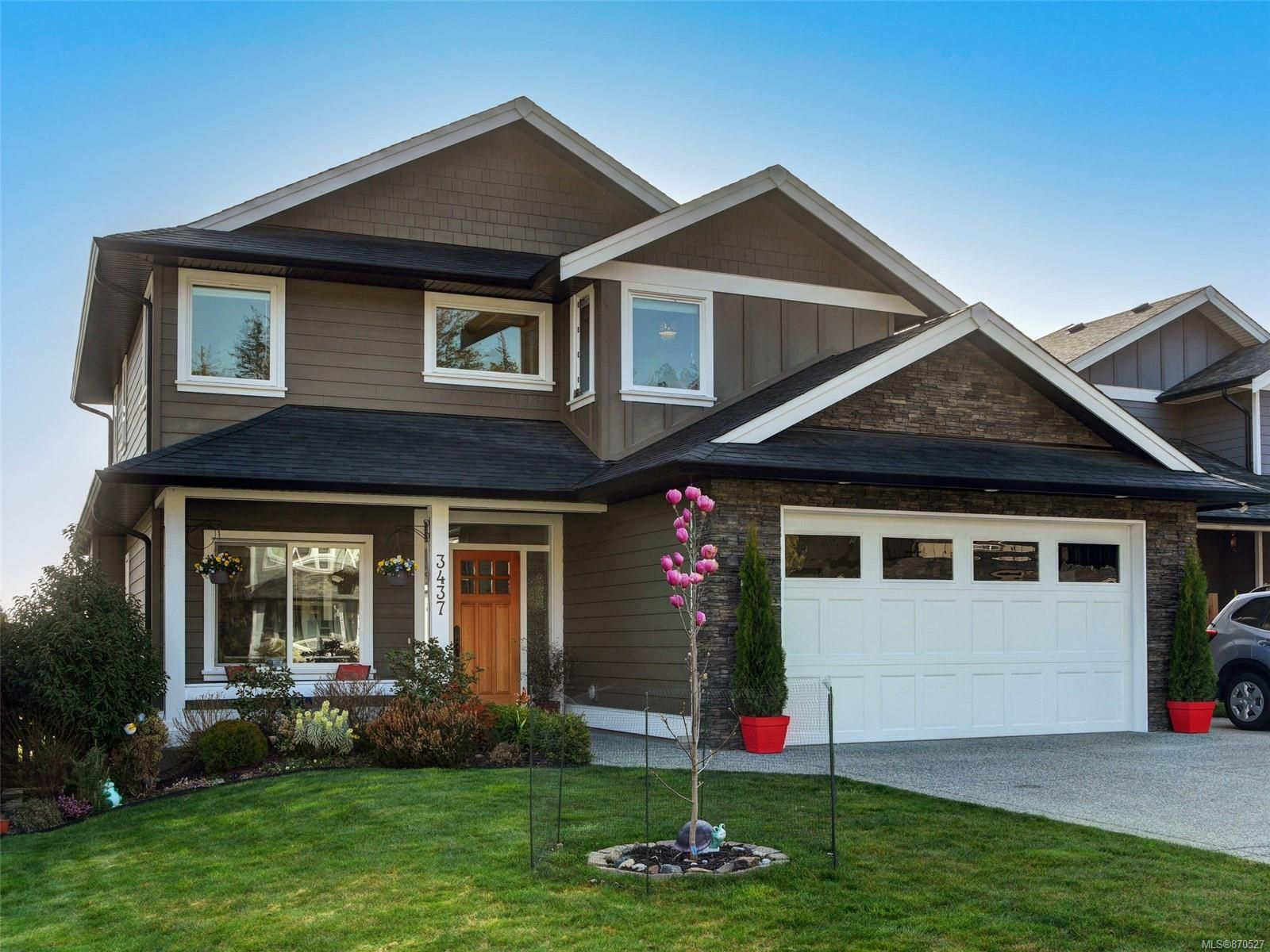 Main Photo: 3437 Hopwood Pl in Colwood: Co Latoria House for sale : MLS®# 870527