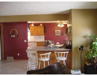 Photo 5:  in CALGARY: Applewood Residential Detached Single Family for sale (Calgary)  : MLS®# C3254303