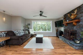 "Photo 4: 21811 DONOVAN Avenue in Maple Ridge: West Central House for sale in ""WEST CENTRAL MAPLE RIDGE"" : MLS®# R2507281"