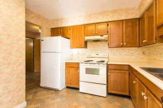 "Photo 13: 110 31955 OLD YALE Road in Abbotsford: Abbotsford West Condo for sale in ""Evergreen Village"" : MLS®# R2539321"