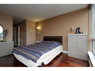 """Photo 8: 1405 9623 MANCHESTER Drive in Burnaby: Cariboo Condo for sale in """"STRATHMORE TOWERS"""" (Burnaby North)  : MLS®# V1053890"""