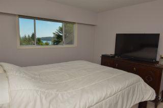 Photo 8: 5473 WAKEFIELD Road in Sechelt: Sechelt District House for sale (Sunshine Coast)  : MLS®# R2103493