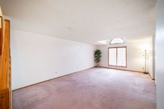 Photo 3: 4624 151 Street in Edmonton: Zone 14 Townhouse for sale : MLS®# E4225694
