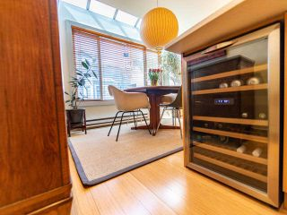 """Photo 17: 1674 ARBUTUS Street in Vancouver: Kitsilano Townhouse for sale in """"Arbutus Court"""" (Vancouver West)  : MLS®# R2561294"""