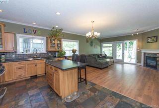 Photo 10: 2134 Harrow Gate in VICTORIA: La Bear Mountain House for sale (Langford)  : MLS®# 761501
