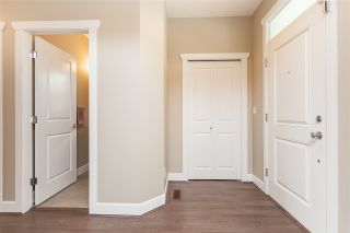 "Photo 4: 21145 79A Avenue in Langley: Willoughby Heights House for sale in ""Yorkson South"" : MLS®# R2484673"