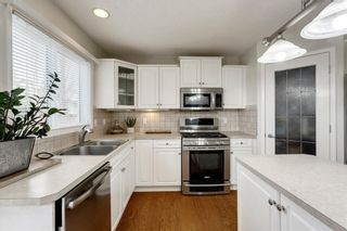 Photo 14: 70 ROYAL CREST Way NW in Calgary: Royal Oak Detached for sale : MLS®# C4237802