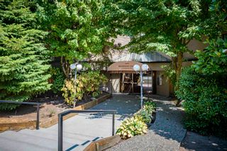 """Photo 32: 111 1195 PIPELINE Road in Coquitlam: New Horizons Condo for sale in """"DEERWOOD COURT"""" : MLS®# R2601284"""